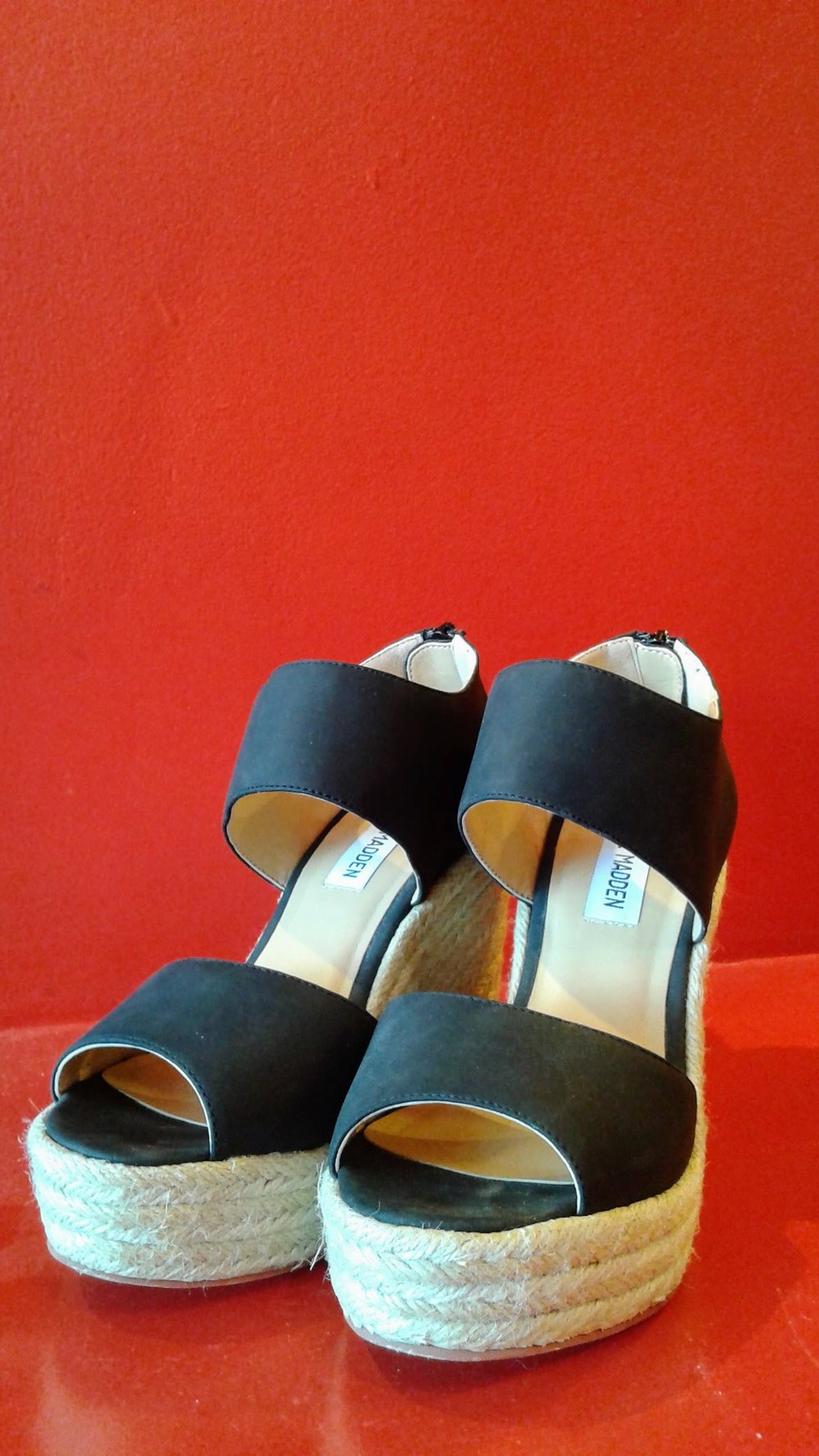 Steve Madden shoes; S6, $40