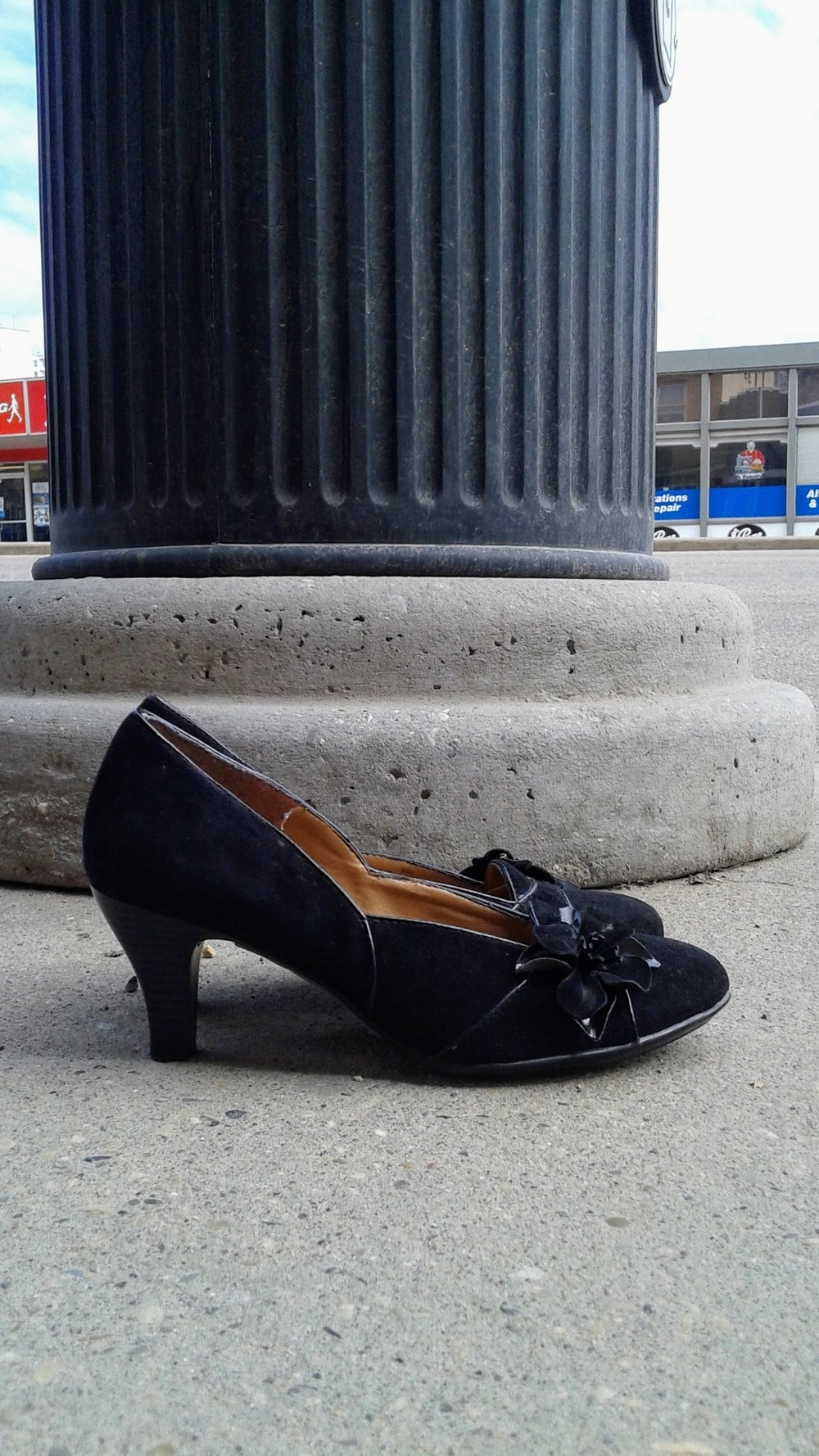 Sofft shoes; S8.5, $34