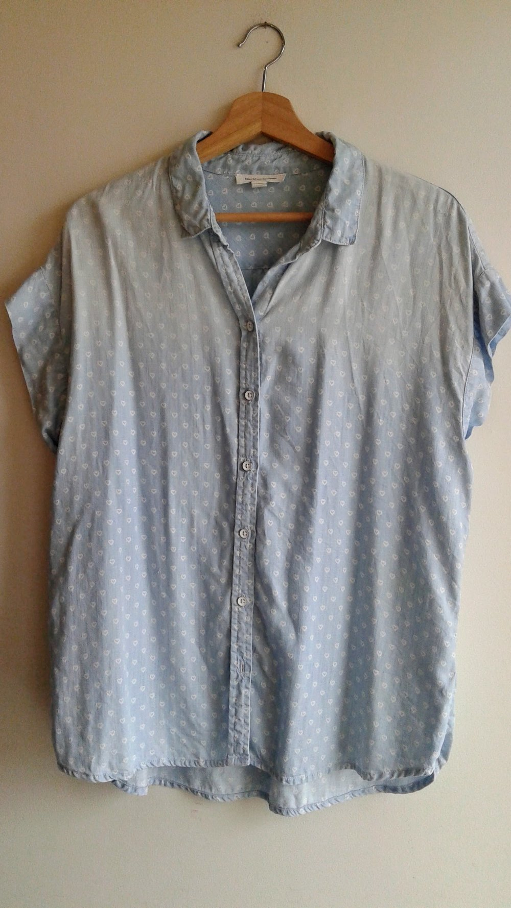 Beach Lunch Lounge  top; Size L, $26