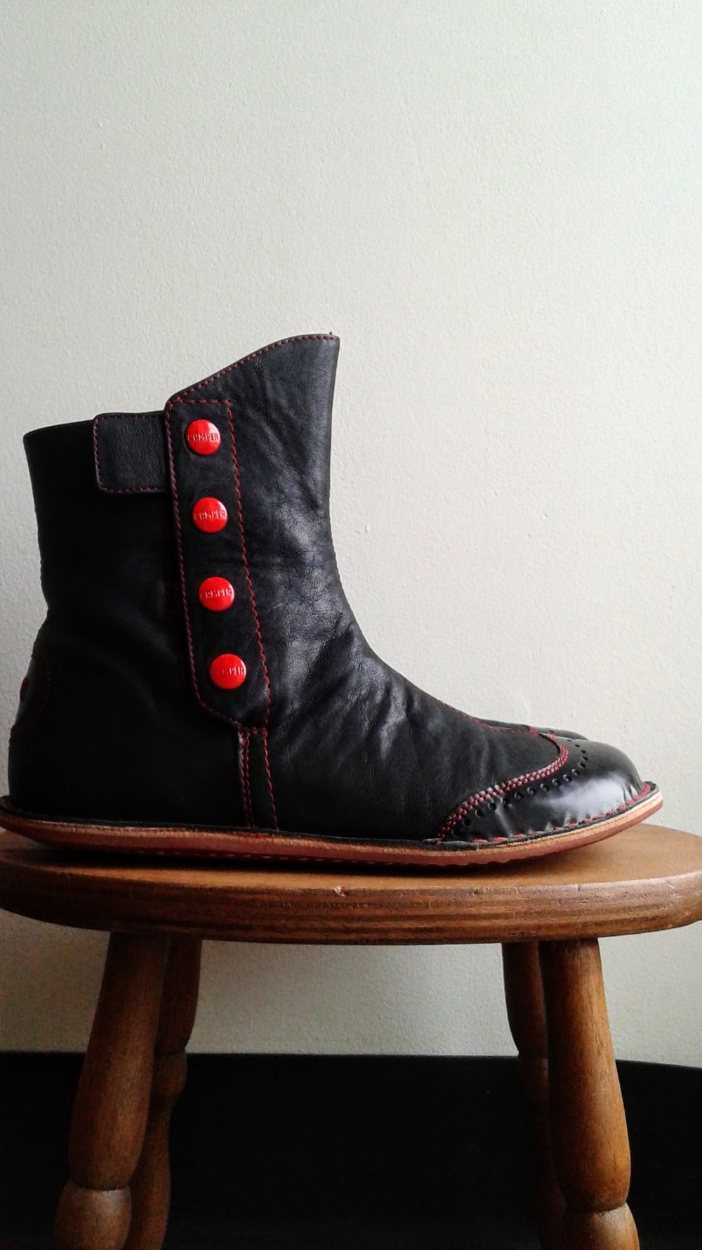 Campers boots; S8.5, $165