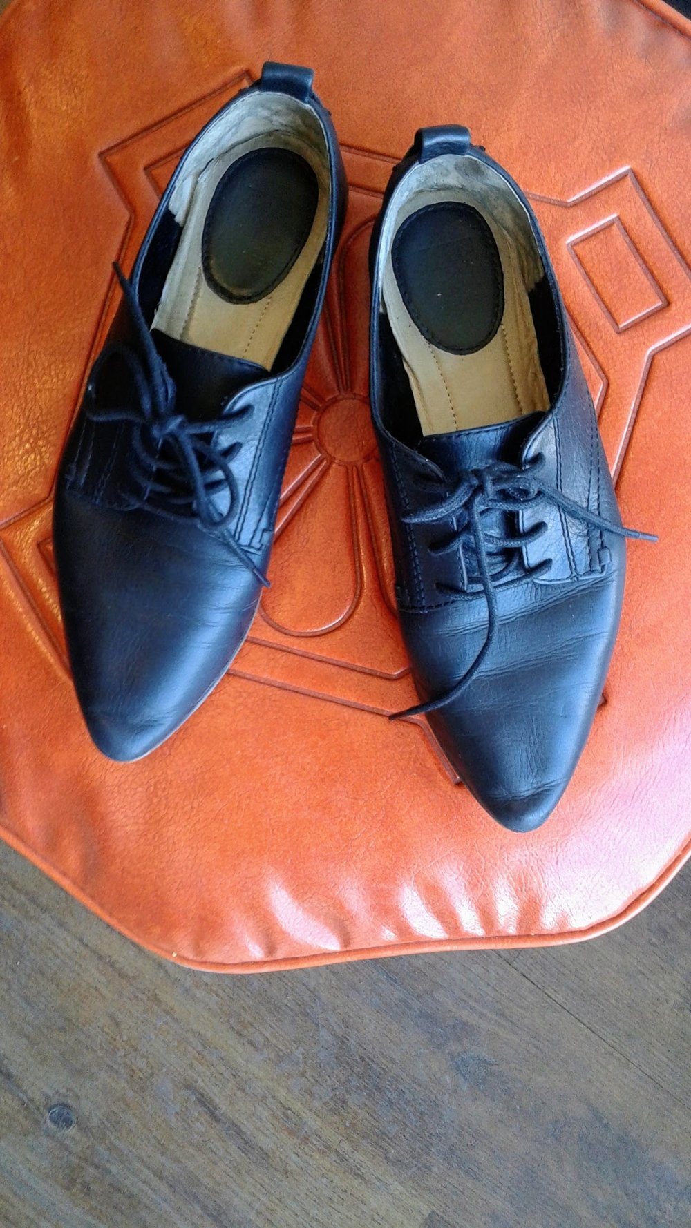 Frye shoes; S7.5, $34