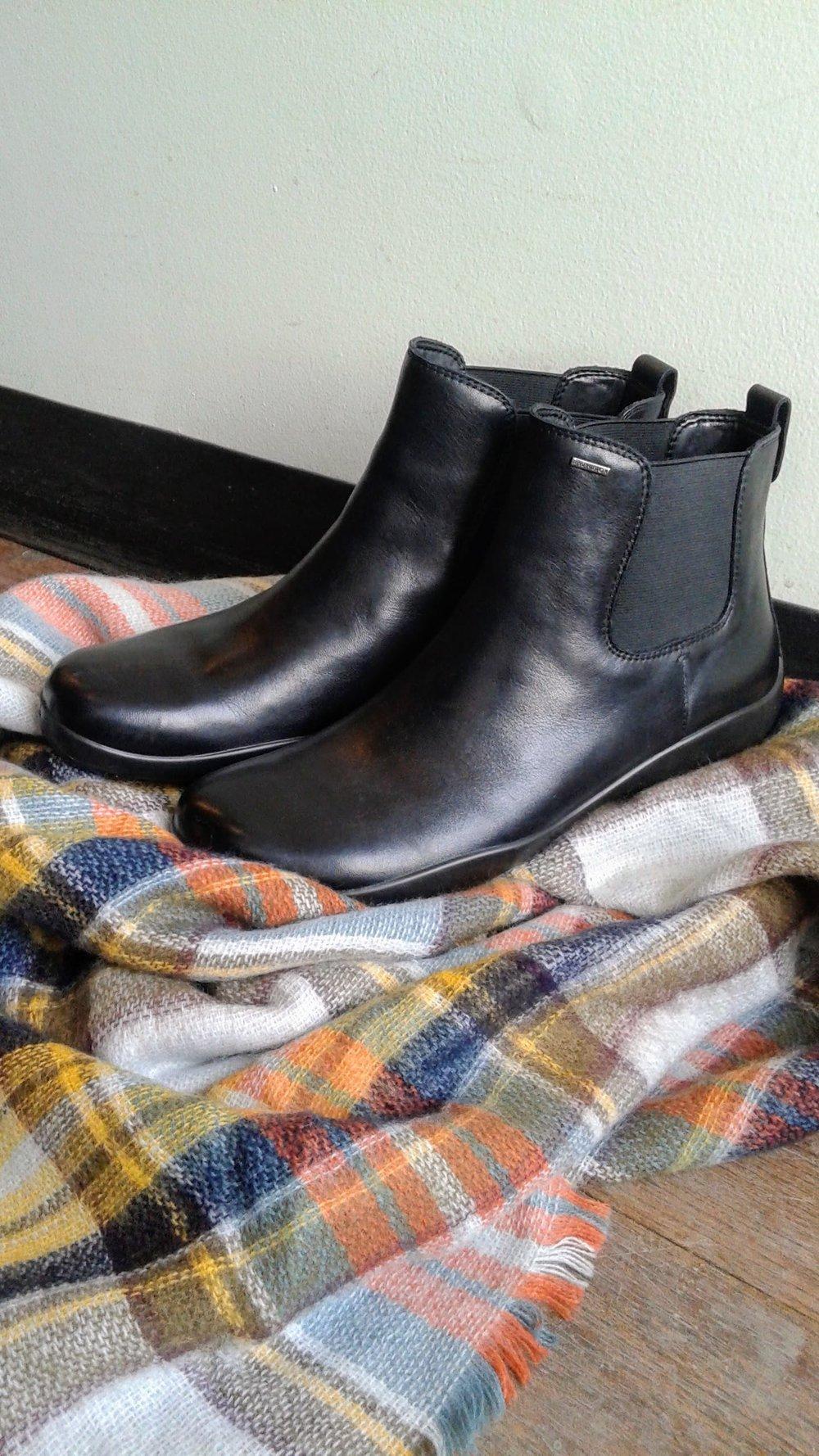 Geox boots; Size 7.5, $68. Zara blanket scarf (NWT), $22