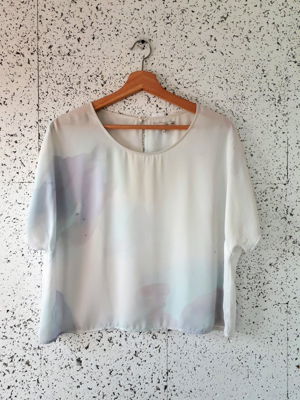Oak + Fort top; Size M, $28