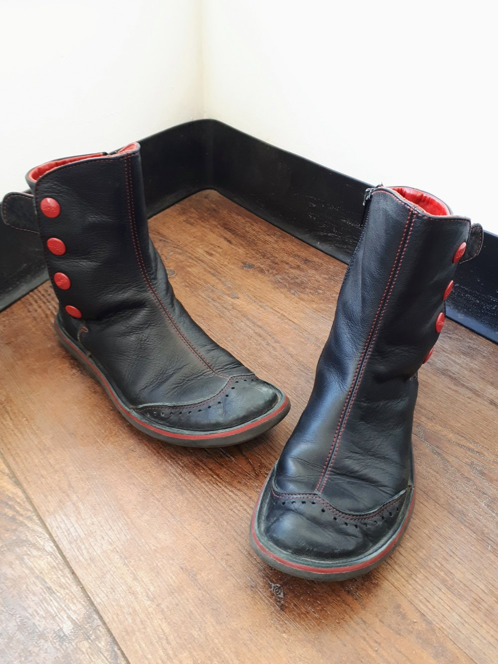Camper boots; S8, $60
