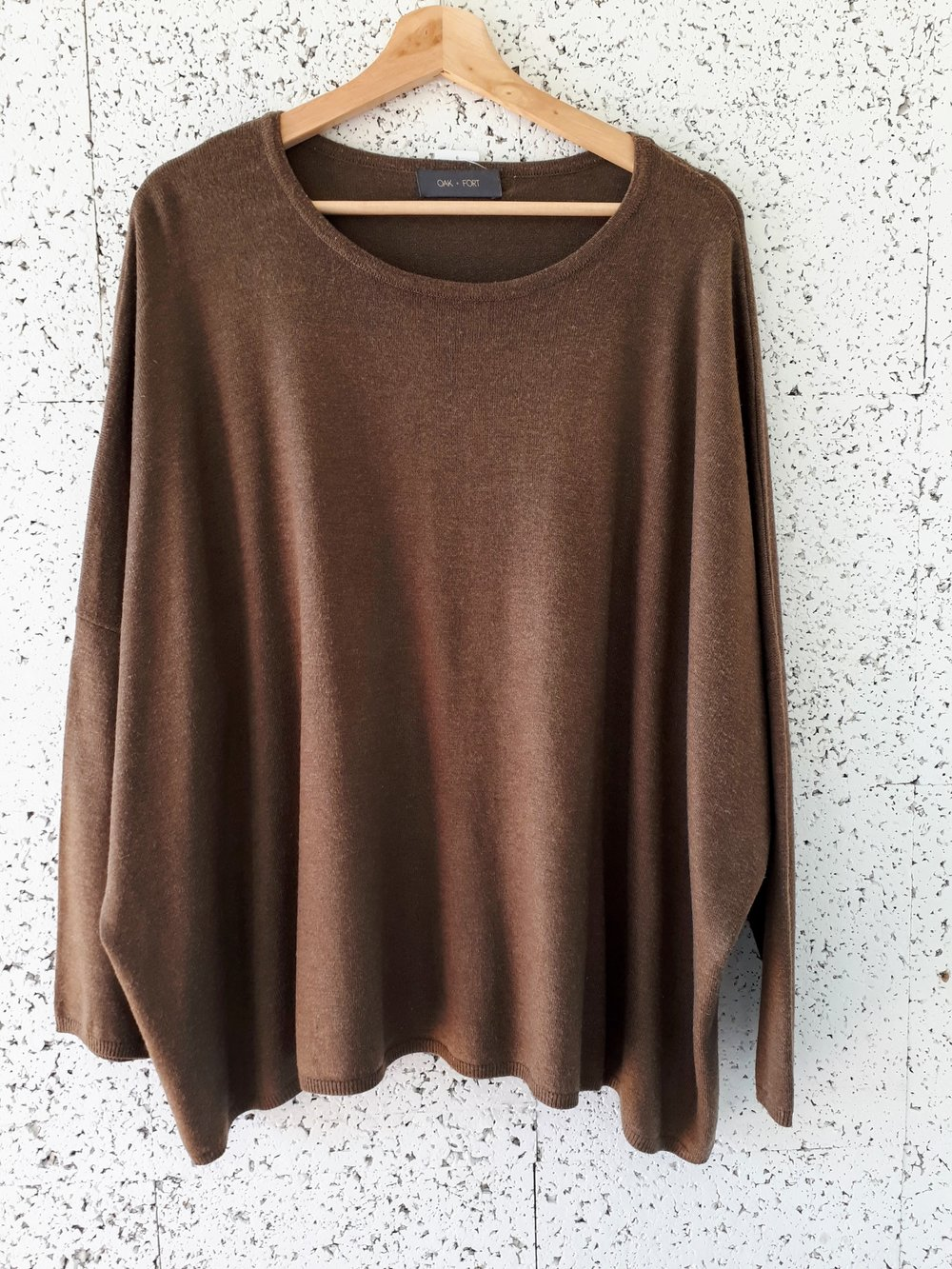 Oak+Fort top; Size L, $42