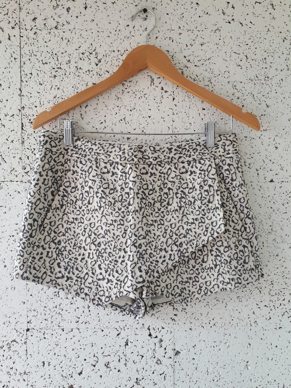 Express shorts; Size 6, $24