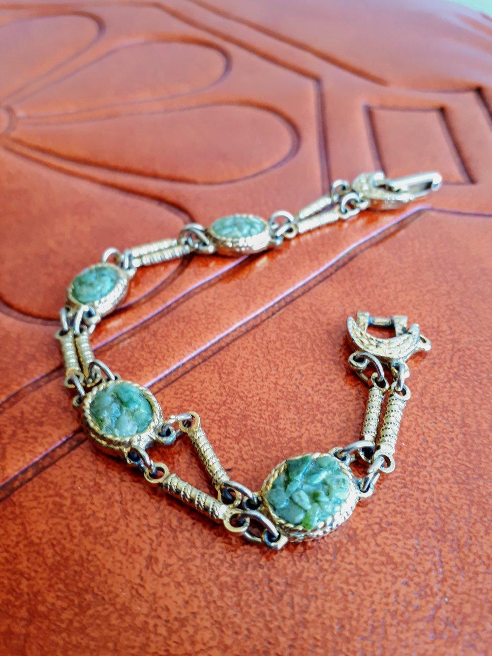 Bracelet, $18