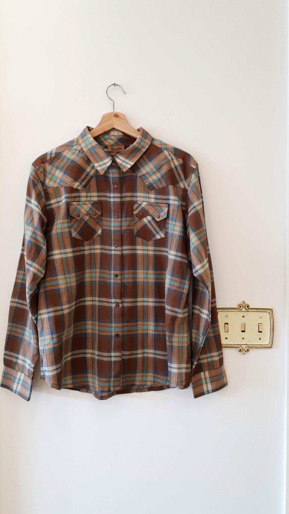 Wrangler top; Size XL, $20