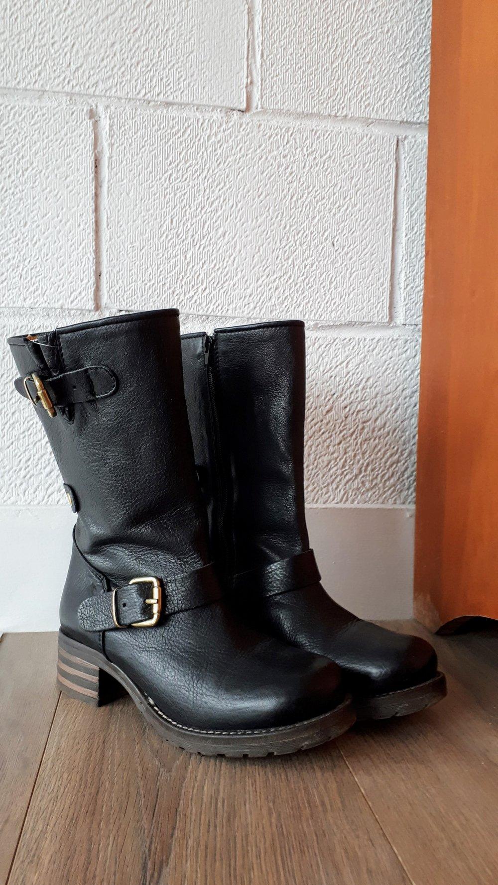 Brako boots; S7.5, $110