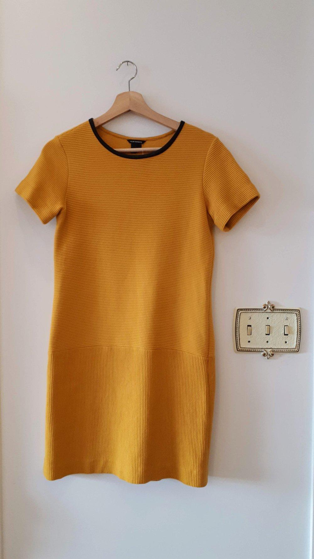 Club Monaco dress; Size 0, $26