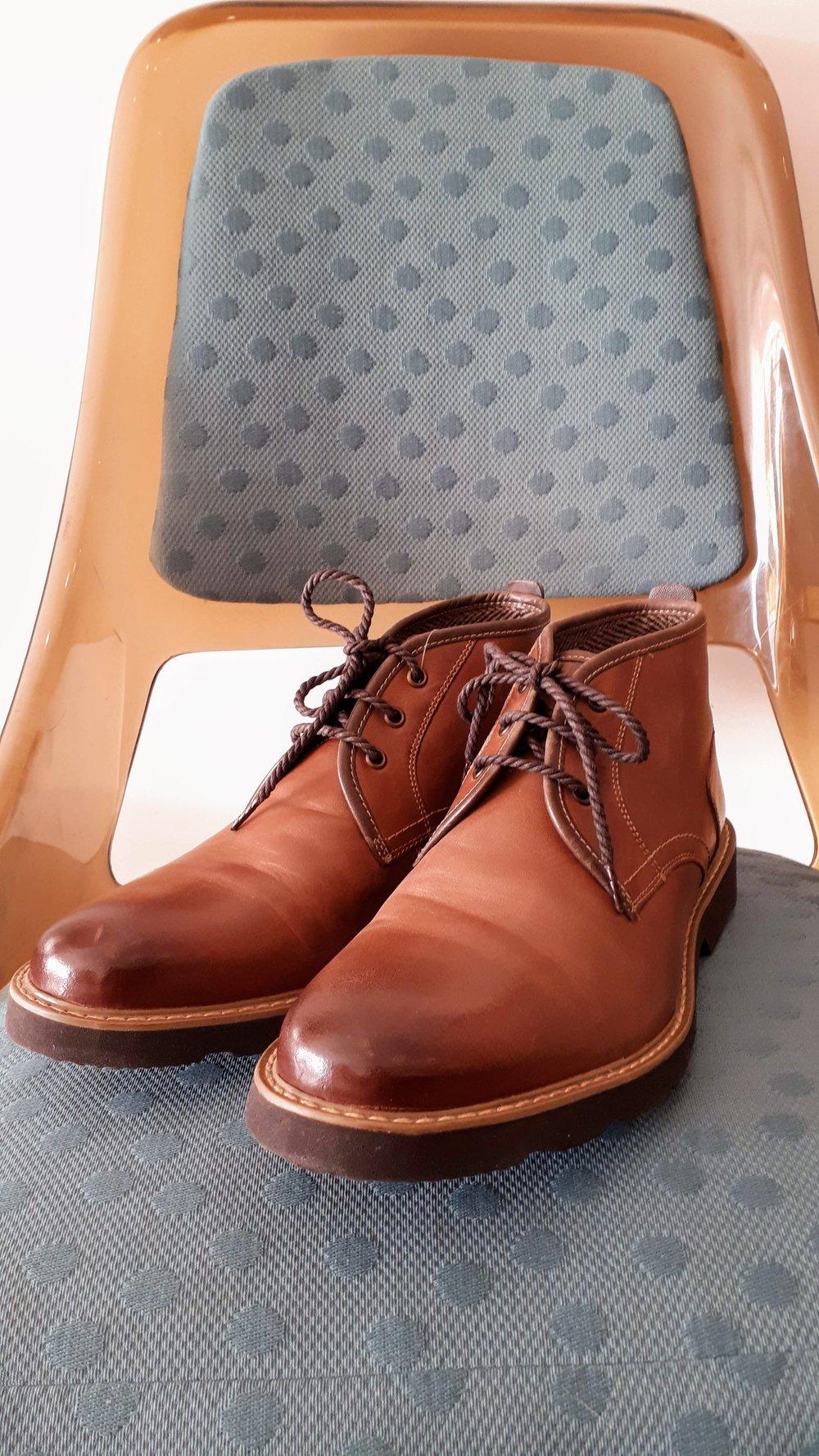 Florsheim mens shoes; Size 10, $40