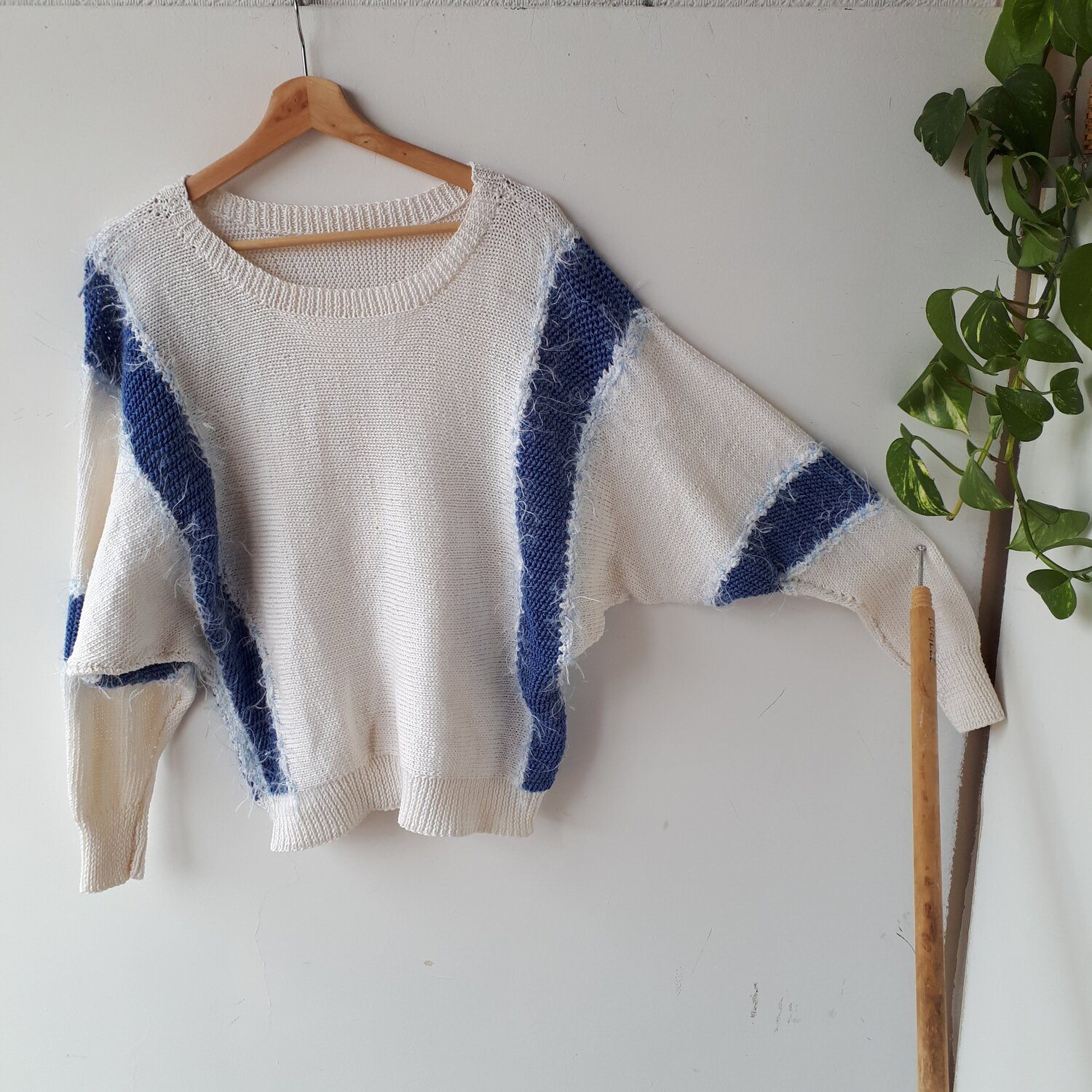 Blue and white sweater, Size M  Red Pony Consignment