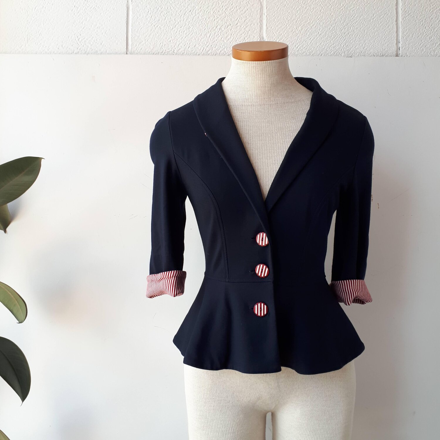 Annie 50 jacket, Size XS  Red Pony Consignment