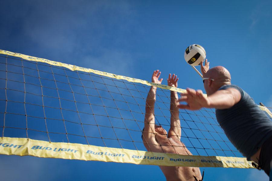 volleyball-men-beach.jpg