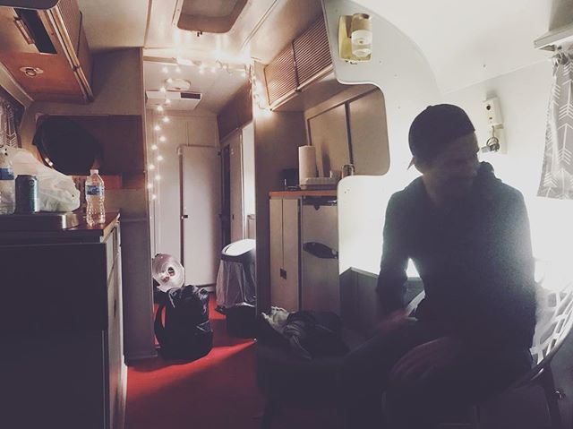 When the green room is an #airstream 👌🏻👌🏻👌🏻So excited to play tonight at @theparkwaympls. @yamhaus just to the stage and sound GOLDEN