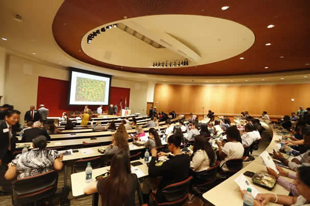 2013 CIRM STAR Program: STAR students attend Public Policy Forum on Stem Cell Research