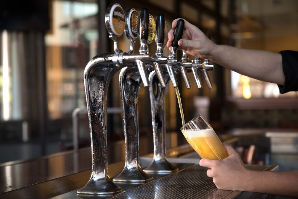Jimena-Peck-Denver-Food-Photographer-Gordon-Biersch-Brewery-Craft-Beer