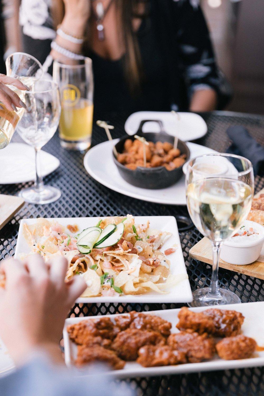 Jimena-Peck-Denver-Food-Photographer-Gordon-Biersch-Brewery-Fool-Table