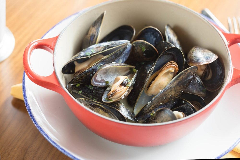 Jimena-Peck-Denver-Food-Photographer-The-Emporium-Kitchen-And-Wine-Market-Mussels-Mariniere