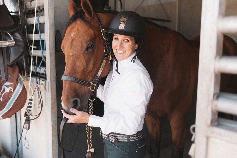 Jimena-Peck-Denver-Lifestyle-Editorial-Photographer-Colorado-Horse-Park-Mandy-Porter-For-Mastermind-Great-Companions