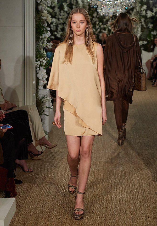 2017springrunwayphase4_viewall_look_16_v1.jpg