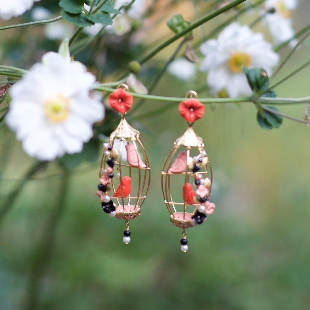 ORO_Lovebirds in the Garden.jpg