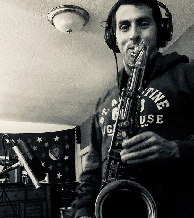 Fratti laying it down during the session. 🤘🏾 #orlando #orlandomusic #tenor #tenorsax #recording #originalmuisc #instamusic