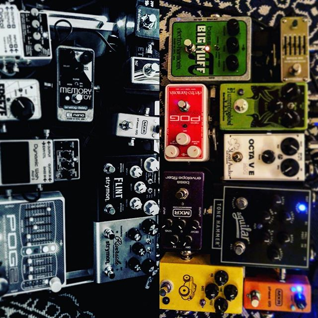 Bleep-bleep-bloop-blop... #earthquakerdevices #pog #jhs #ehx #bigmuffpi #robotmanmusic #strymon #strymonflint #threeleafaudio #mxrpedals #riverside #strymonriverside #aguilarbass #barefootbuttons #recording #electronics