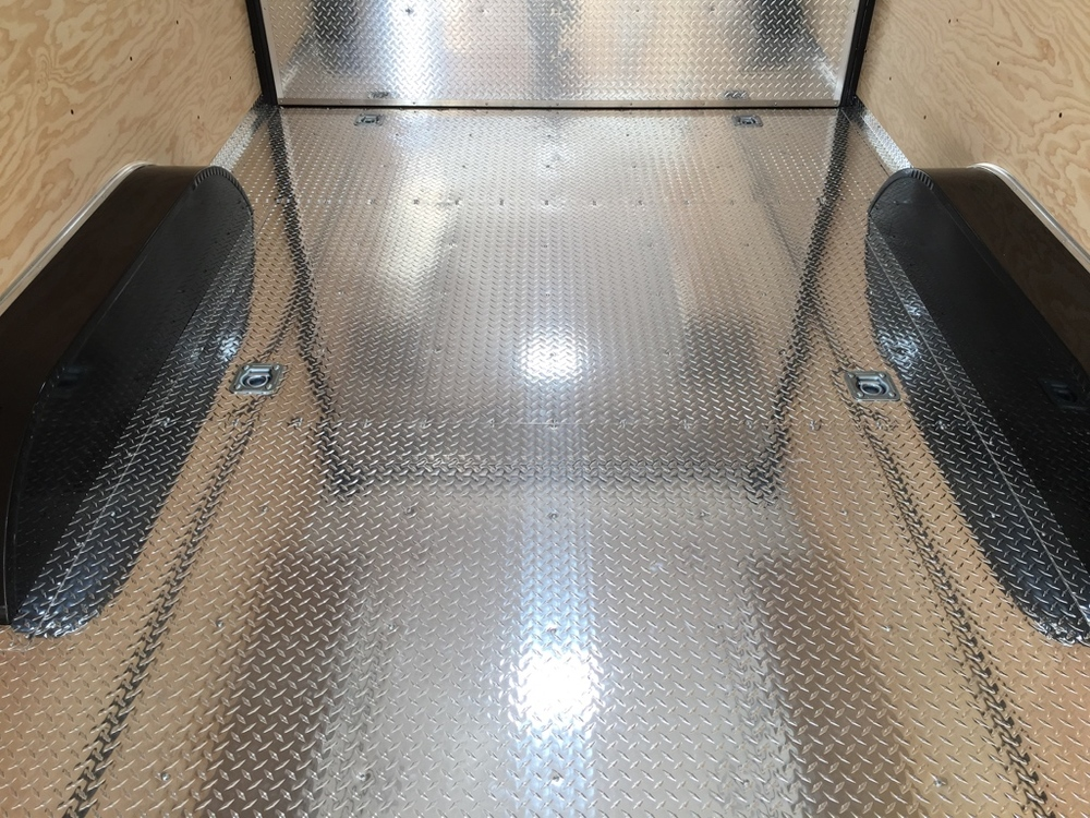 Aluminum Diamondplate Floor