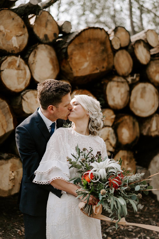 budget-swindon-wedding-photographer