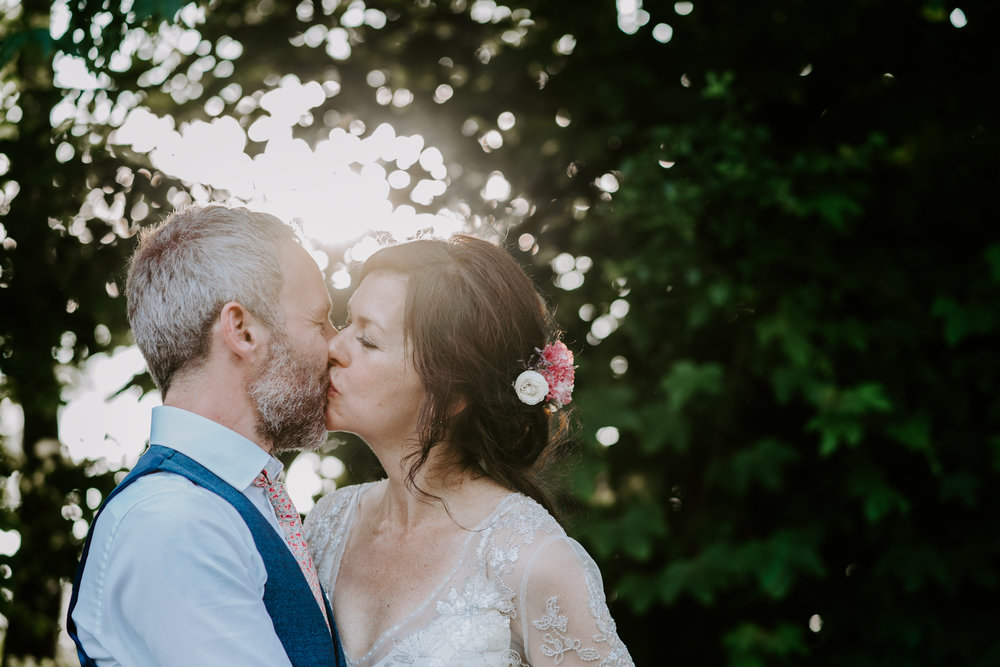 south-west-wedding-photographer-under-£1500