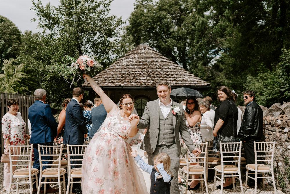 natural-wedding-photographer-wiltshire