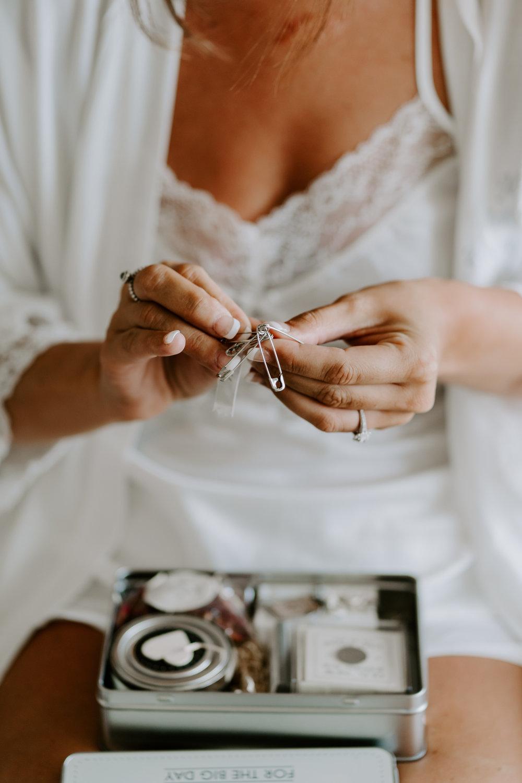 wiltshire-wedding-photographer