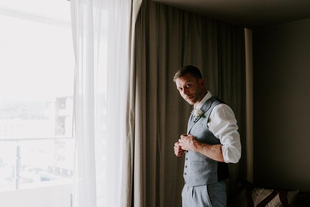 groom-prep-wedding