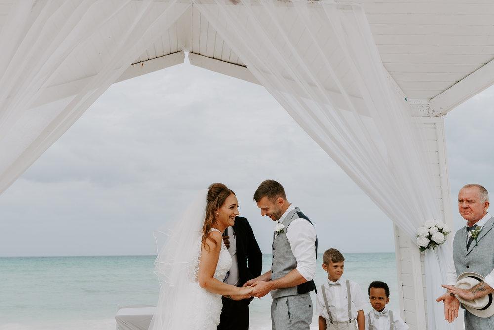 wedding-photographer-near-me-wiltshire