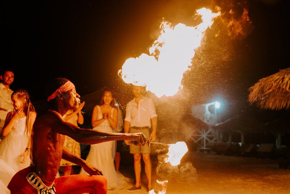 surrey-wedding-photographer-under-1500