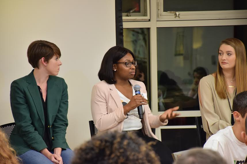 CEO Nadia Laniyan speaking  on an alumni panel to undergrad students at the University of Maryland Robert H. Smith Business School Fall Do Good Challenge event.
