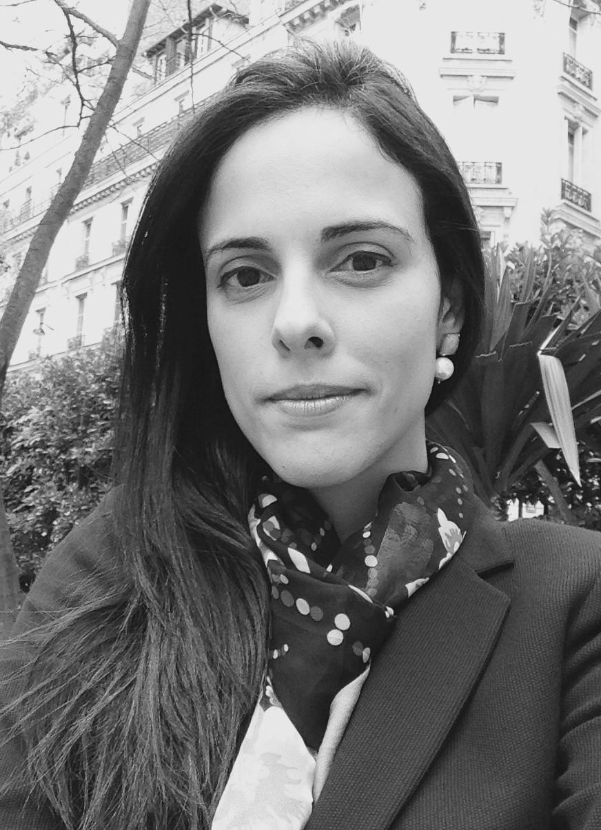 Elizabeth Alves - Sólida formação acadêmica em direito e negócios acompanhada por mais de 12 anos de ampla experiência em renomados escritórios nacionais e internacionais em diferentes áreas do direito empresarial. Anteriormente,Elizabeth foi associada ao escritório Tauil & Chequer - associado ao Mayer Brown. Também foi associada ao escritório Veirano Advogados e ao Mattos Filho.MBA Executivo, IESE Business School, 2015-2017.Doutorado em Direito, Universidade de São Paulo - USP, 2013.Mestrado em Direito, Universidade de São Paulo - USP, 2009.Mestrado em Estudos Avançados Europeus, European College -Italy, 2008.Bacharel em Direito, Universidade de São Paulo - USP, 2005.elizabeth@alvespryngler.com
