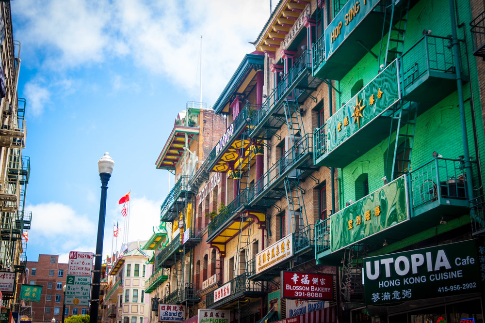 Chinatown,_Waverly_Pl._San_Francisco.jpg