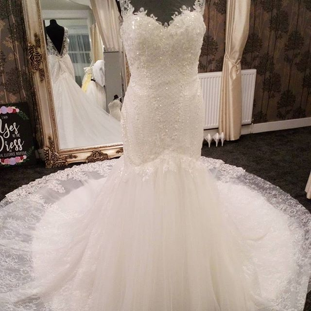 Love this 💕 that train is just amazing!!!! A total WOW dress!! The sparkle and detail on this gown is just 👌 could this be your perfect dress?? Book your appointment now to try it on!!