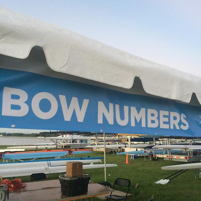 Best to know your heat and lane number when picking up your bow number. And check out the bow-forward mounting technique (swipe 👉🏾) for #photofinishes! #coxearlycoxoften #coxing #rowing #fisa #usrowing #WRMasters #sarasota2018