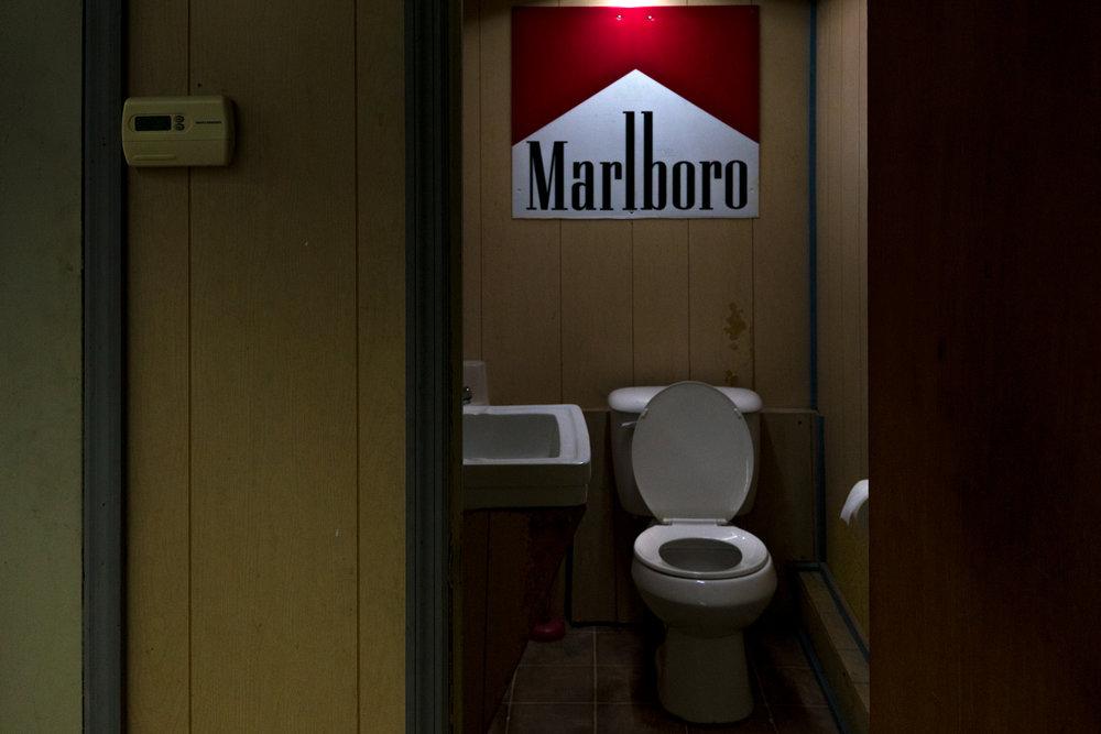 MarlborobathroomTaylorville.jpg