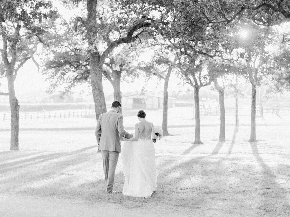 honey-hollow-ranch-wedding-35.jpg