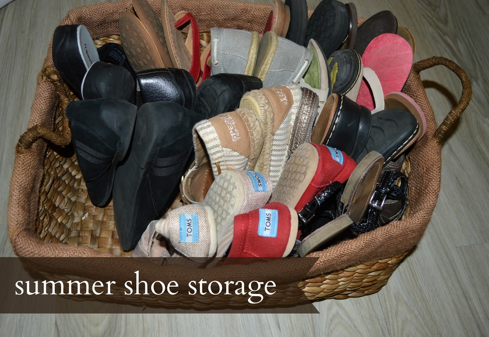 use-baskets-to-store-summer-shoes