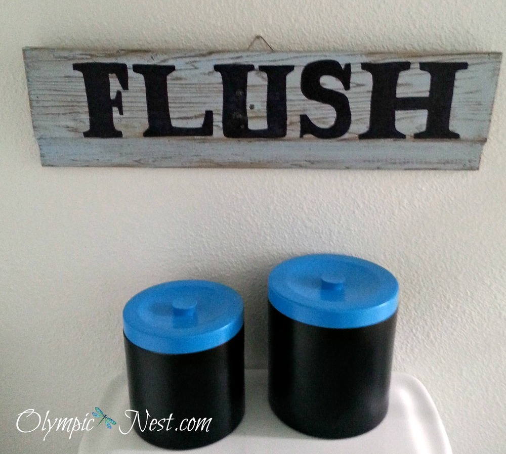 DIY bathroom flush sign