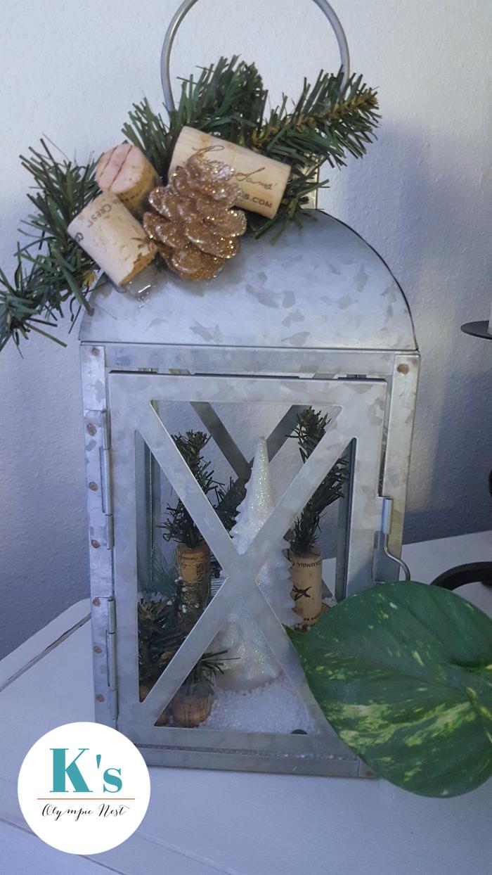 decorate decor lanterns for Christmas.jpg