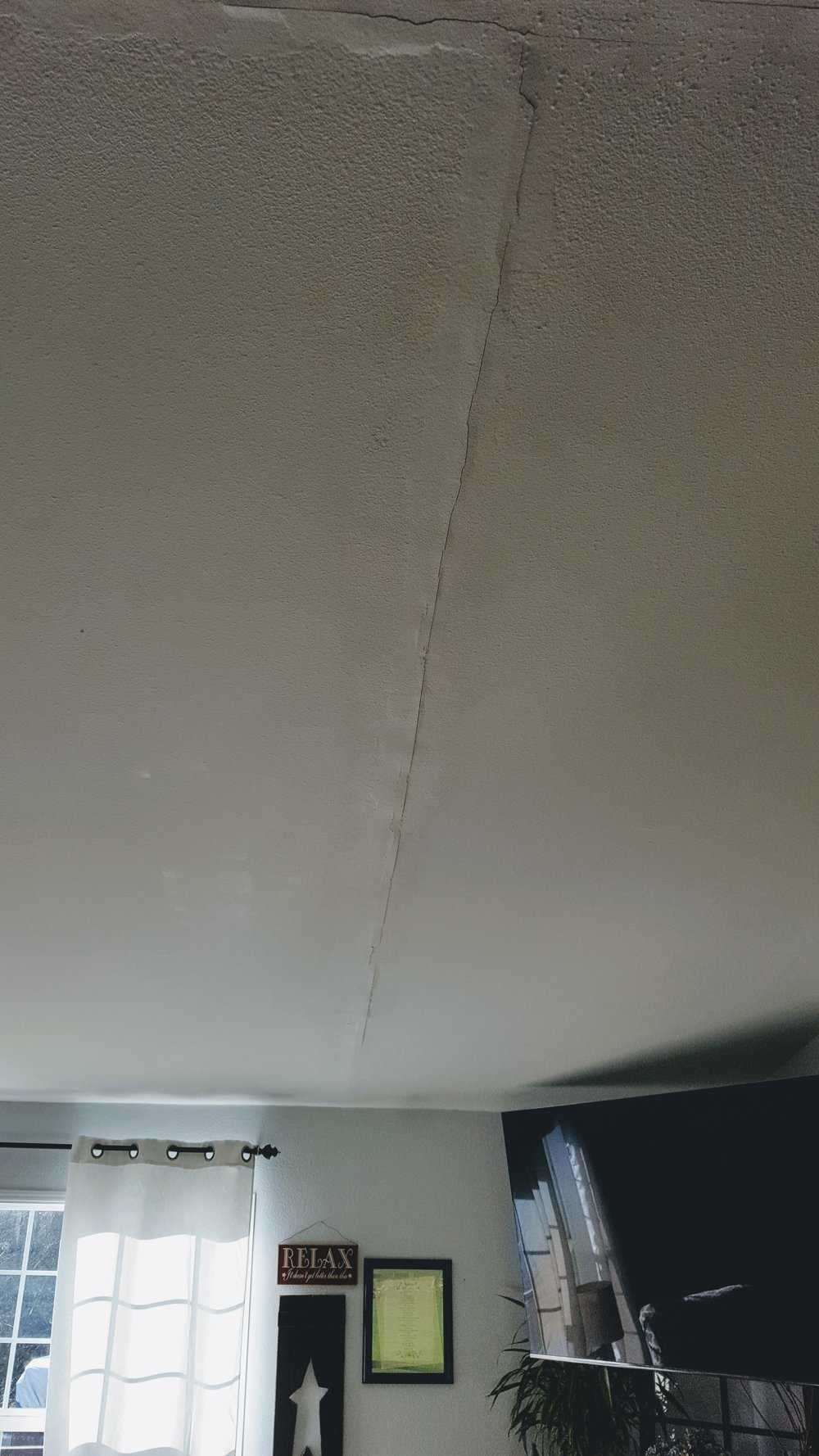 cracked ceilings.jpg