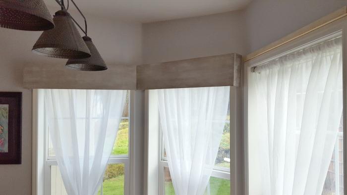 make your own wood window cornice.jpg