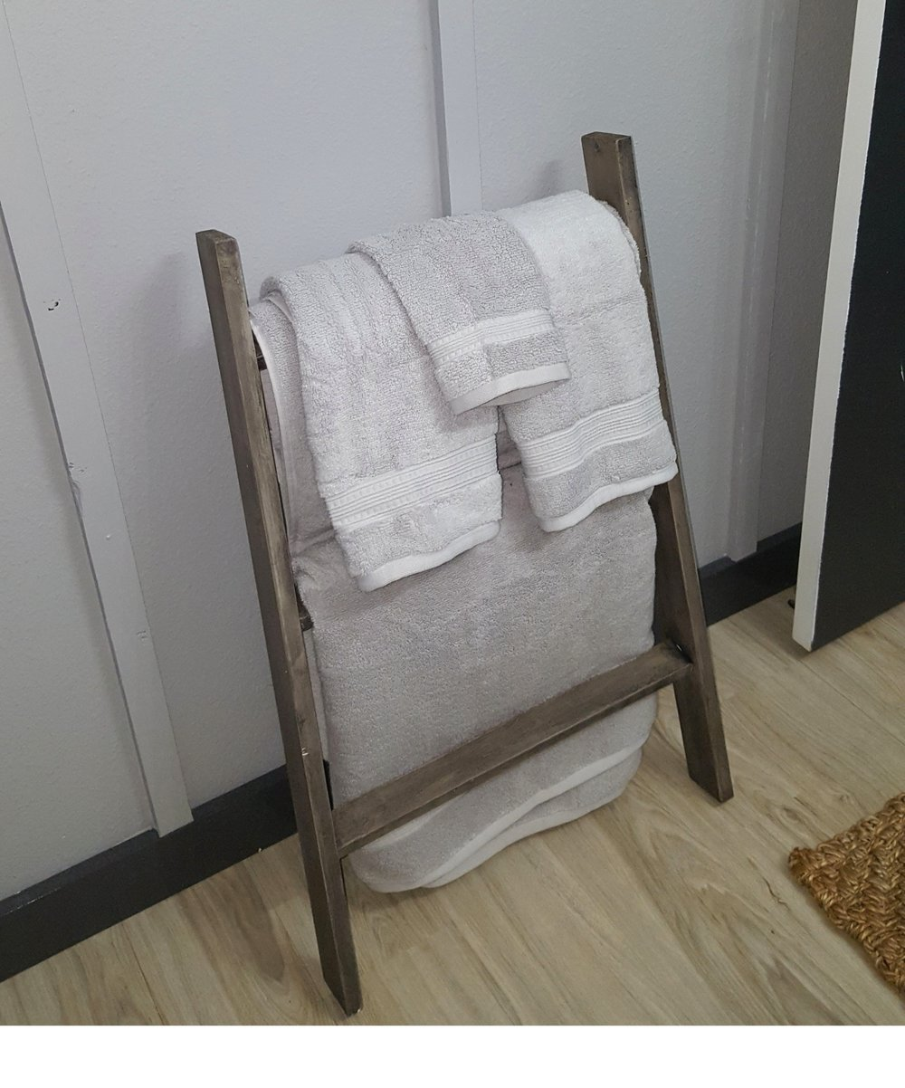 rustic towel ladder.jpg