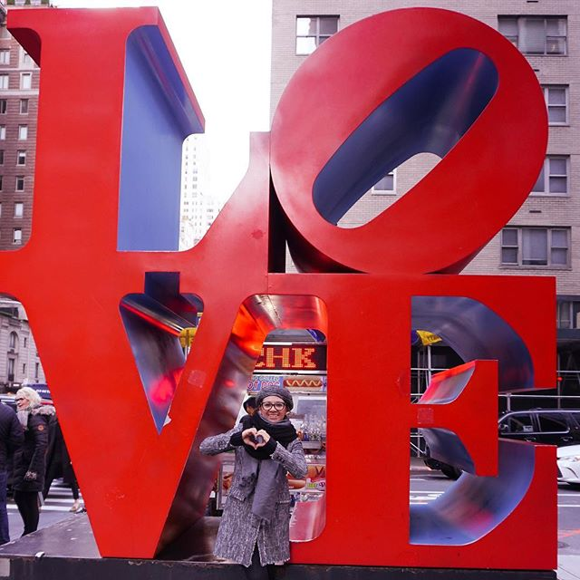 All you need is LOVE ❤️!! Love this city !! #newyorkcity you are AMAZING!! Have you ever been here!? . . . . . . . . #newyorkgram #lovenyc #nycphotographer #nycphoto #nycc #newyorkarea #newyorklike #tampaphotographer #travelnyc